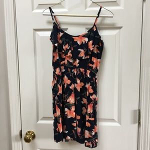 ✴️4/$15 Cotton On floral dress SMALL
